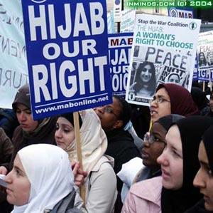 hijab-demo-17jan04-741